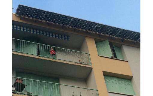 Exemple de kit de fixation brise soleil pour façade
