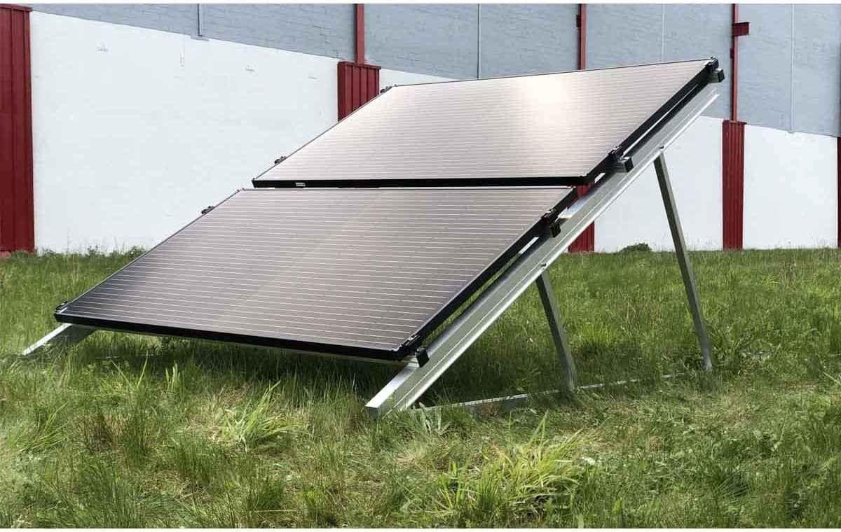 Kit de fixation au sol paysage superposé 28 panneaux solaires