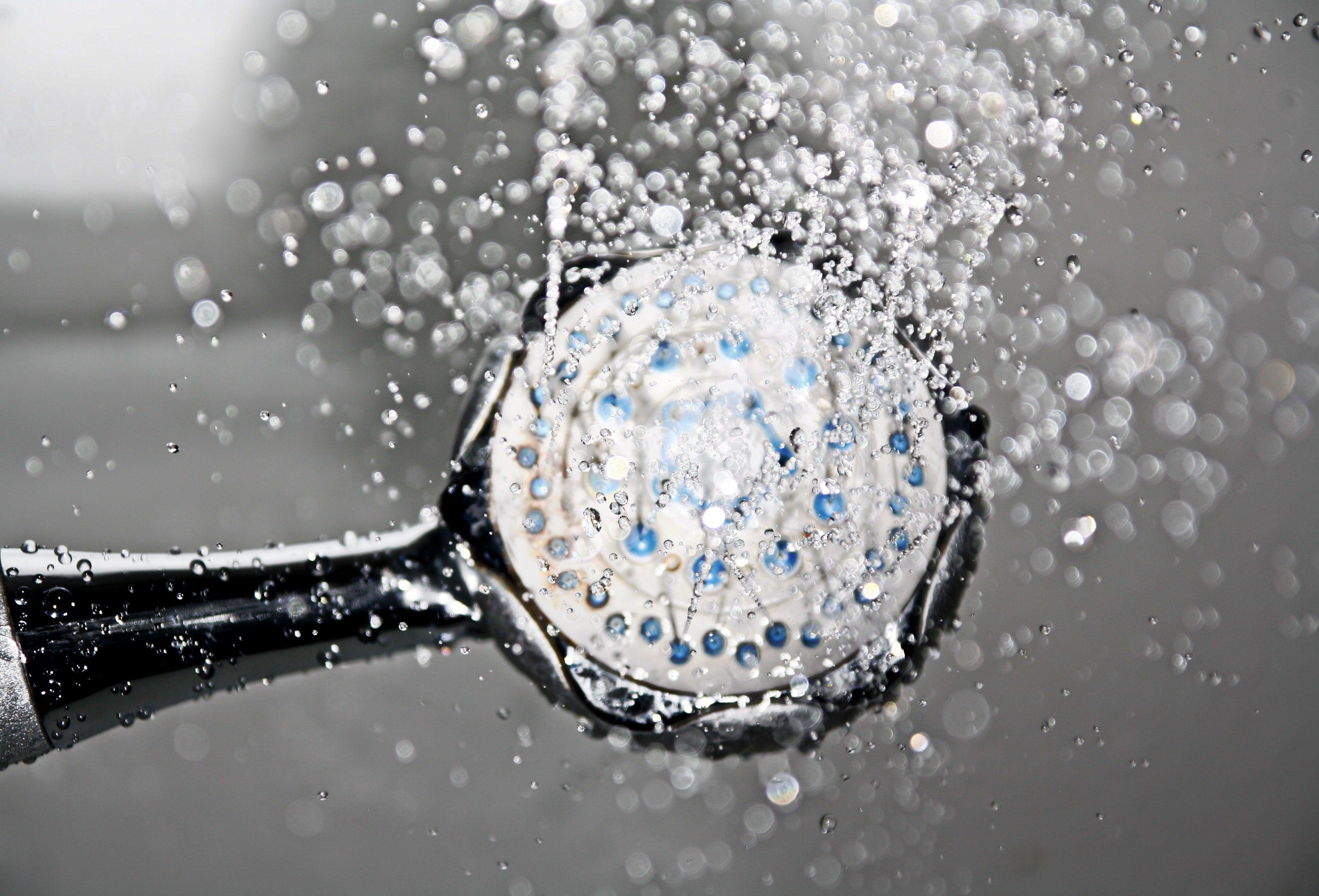 douche eau chaude