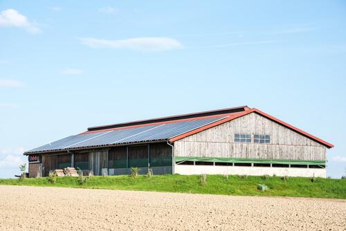entreprises-batiments-agricoles-grange-photovoltaique