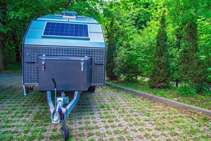 Pourquoi ajouter des panneaux solaires pour caravane ?