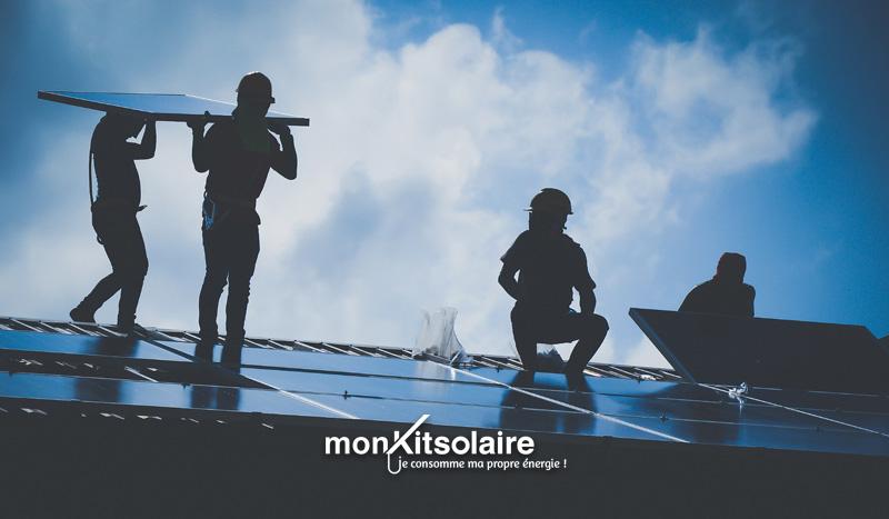 Installation du kit solaire sur toiture