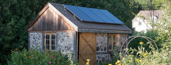 kit-panneau-solaire-pour-abri-jardin
