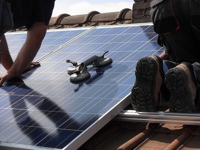 Panneaux solaires thermiques installation