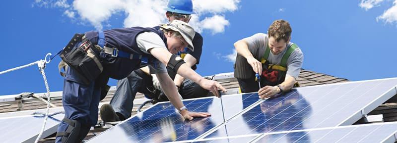 poseurs kit solaire autoconsommation