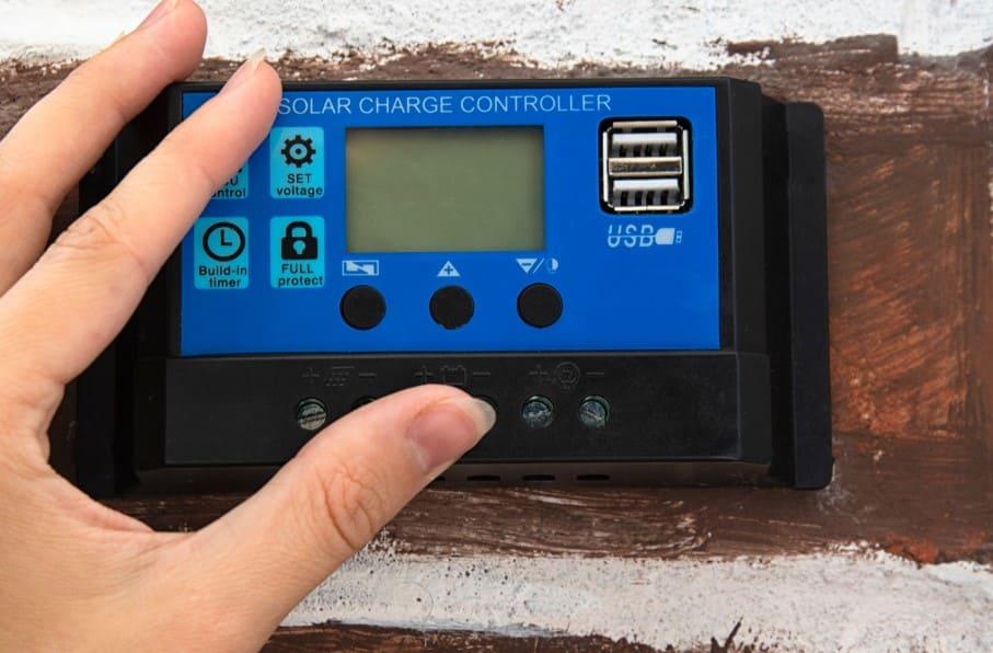 tester-regulateur-batterie-choisir