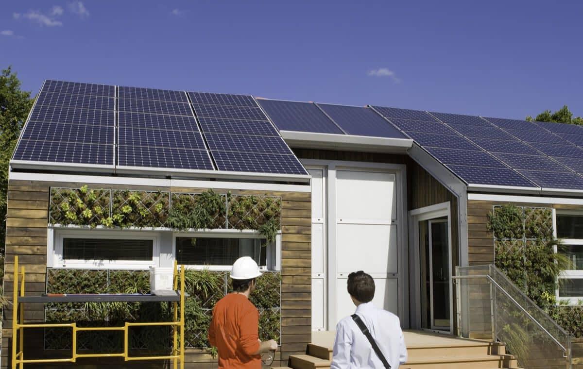nombre-panneaux-solaires-autonomie-totale